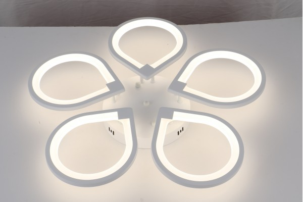 Люстра Omento 39035-5, LED 140W (66*9)
